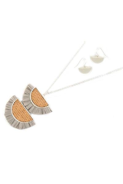 GRAY DOUBLE HALF MOON RATTAN AND RAFFIA NECKLACE AND EARRING SET